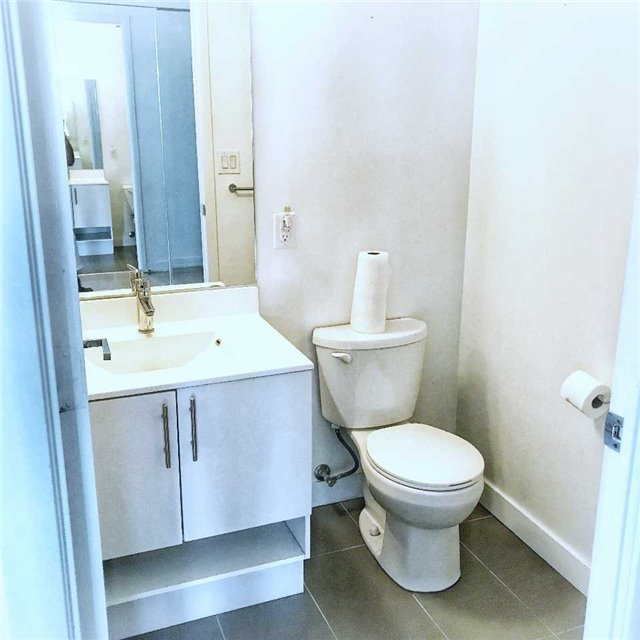 Condo Apartment at 165 Legion Rd N, Unit 2226, Toronto, Ontario. Image 3