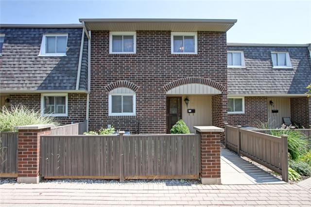 Condo Townhouse at 1302 Guelph Line, Unit 3, Burlington, Ontario. Image 1