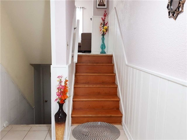 Condo Townhouse at 1605 Albion Rd, Unit 285, Toronto, Ontario. Image 14