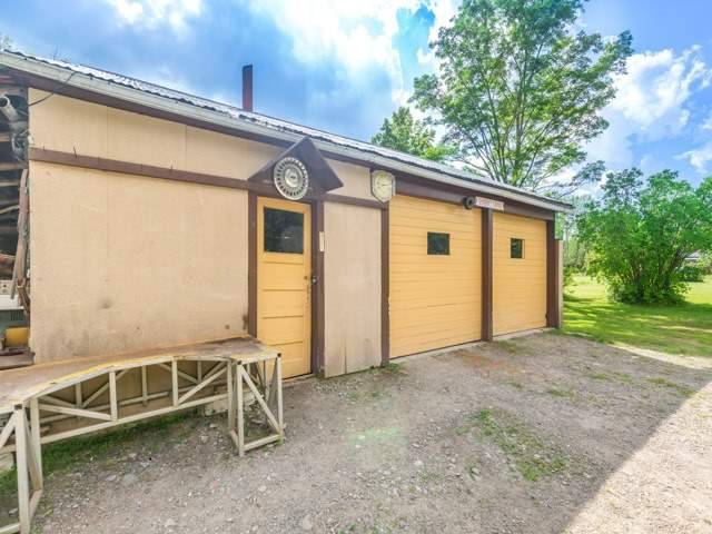 Detached at 16500 Mclaughlin Rd, Caledon, Ontario. Image 7