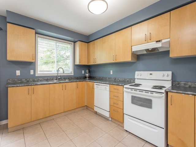Condo Townhouse at 7190 Atwood Lane, Unit 56, Mississauga, Ontario. Image 18