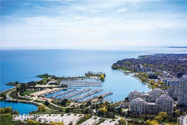 Condo Apartment at 2167 Lakeshore Blvd W, Unit 401, Toronto, Ontario. Image 10