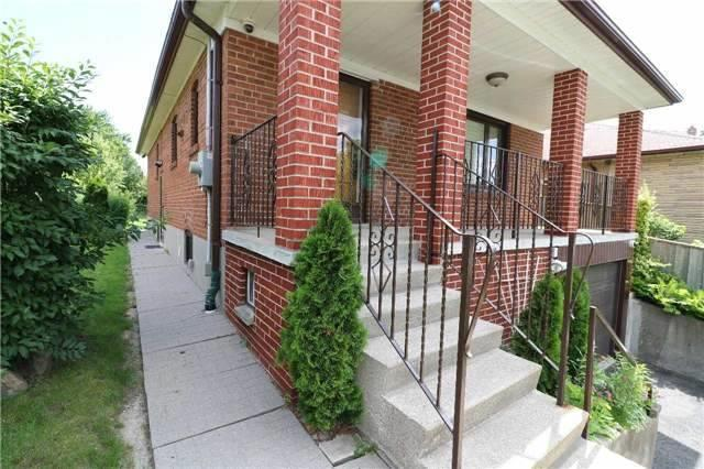 Detached at 23 Gracefield Ave, Toronto, Ontario. Image 12