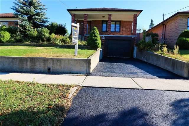Detached at 23 Gracefield Ave, Toronto, Ontario. Image 16