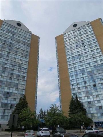 Condo Apartment at 25 Trailwood Dr, Unit 1108, Mississauga, Ontario. Image 1