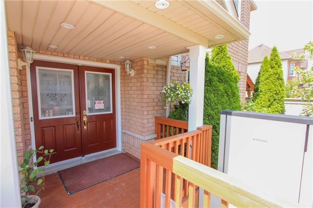Detached at 328 Edenbrook Hill Dr E, Brampton, Ontario. Image 16