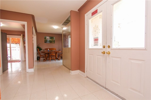 Detached at 328 Edenbrook Hill Dr E, Brampton, Ontario. Image 19