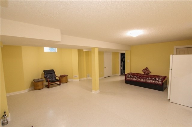 Detached at 328 Edenbrook Hill Dr E, Brampton, Ontario. Image 11