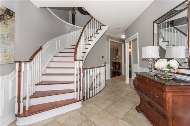 Detached at 164 Cooke Cres, Milton, Ontario. Image 16