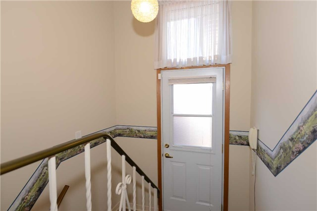 Detached at 47 Northcrest Rd, Toronto, Ontario. Image 5