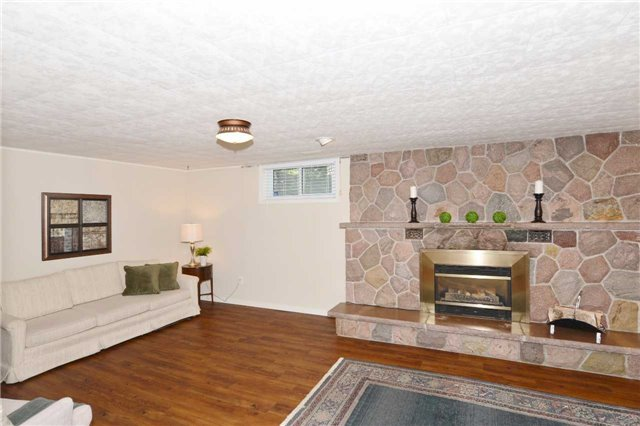 Detached at 47 Northcrest Rd, Toronto, Ontario. Image 6