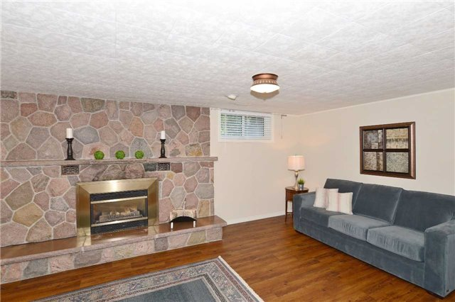 Detached at 47 Northcrest Rd, Toronto, Ontario. Image 7