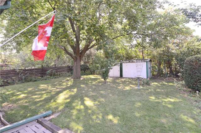 Detached at 47 Northcrest Rd, Toronto, Ontario. Image 11