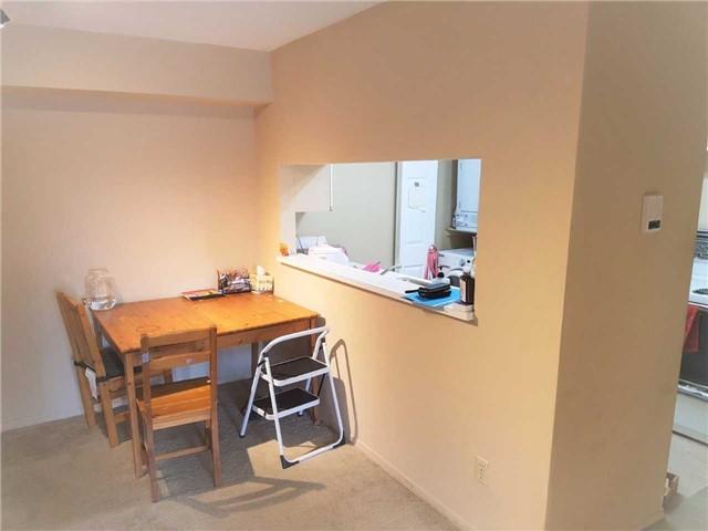 Condo Apartment at 1450 Glen Abbey Gate, Unit 712, Oakville, Ontario. Image 7