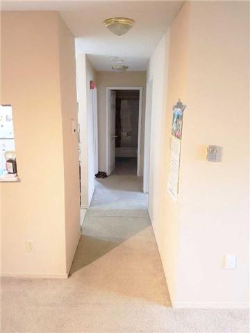 Condo Apartment at 1450 Glen Abbey Gate, Unit 712, Oakville, Ontario. Image 11