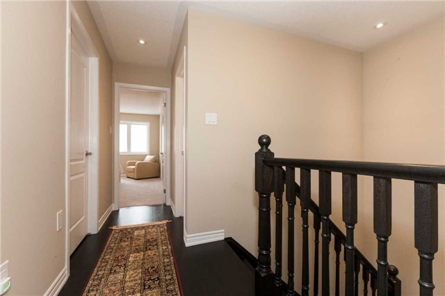 Townhouse at 84 Quillberry Clse, Brampton, Ontario. Image 4