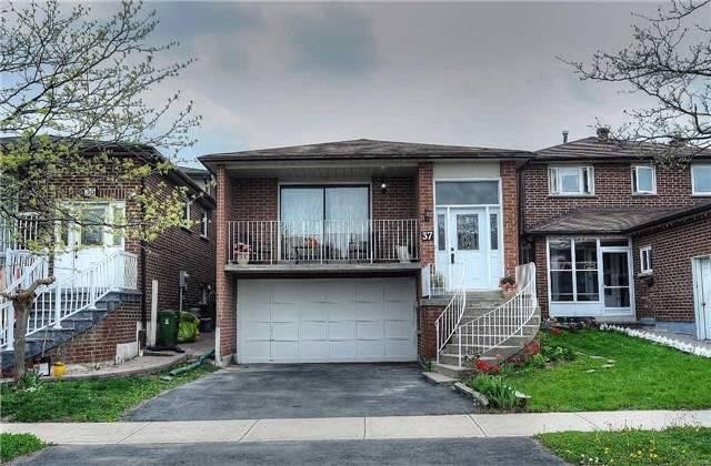 Detached at 37 Cassis Dr, Toronto, Ontario. Image 12