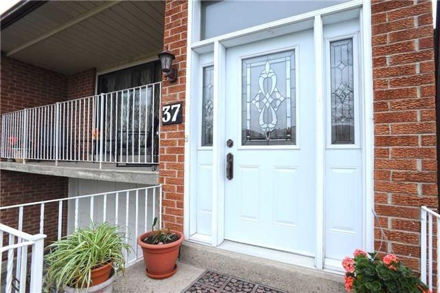 Detached at 37 Cassis Dr, Toronto, Ontario. Image 14