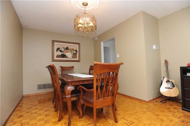 Detached at 37 Cassis Dr, Toronto, Ontario. Image 18