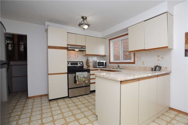 Detached at 37 Cassis Dr, Toronto, Ontario. Image 4