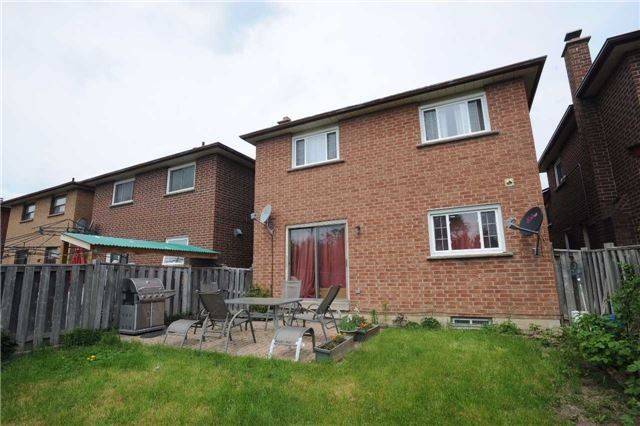 Detached at 37 Cassis Dr, Toronto, Ontario. Image 10