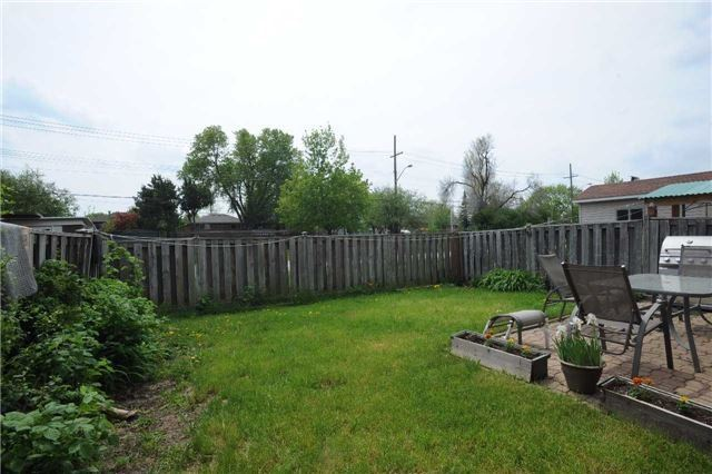 Detached at 37 Cassis Dr, Toronto, Ontario. Image 13