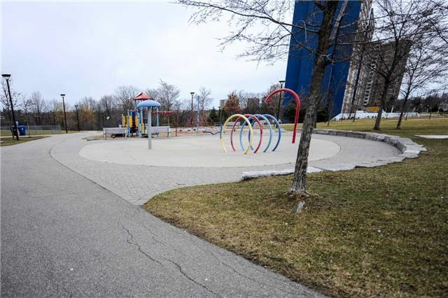 Condo Apartment at 2901 Kipling Ave, Unit 1502, Toronto, Ontario. Image 4