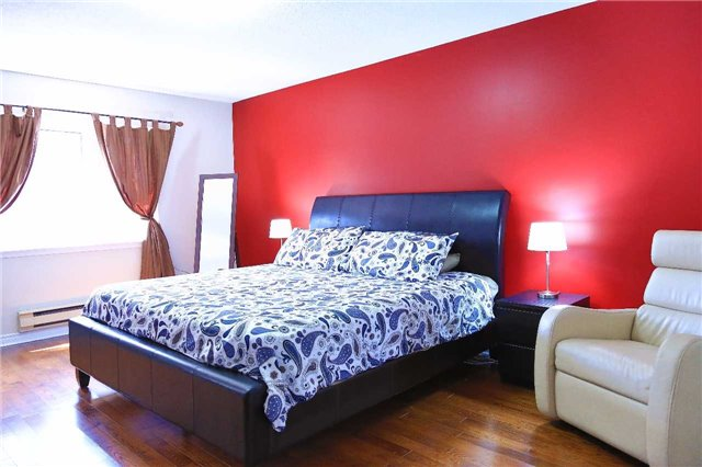 Condo Townhouse at 2155 South Millway Rd, Unit 35, Mississauga, Ontario. Image 5