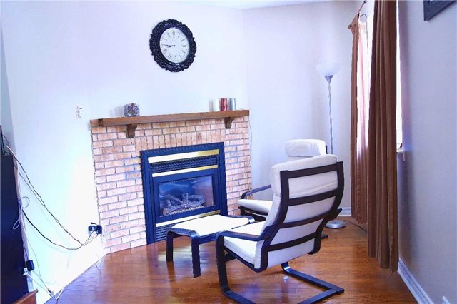 Condo Townhouse at 2155 South Millway Rd, Unit 35, Mississauga, Ontario. Image 6
