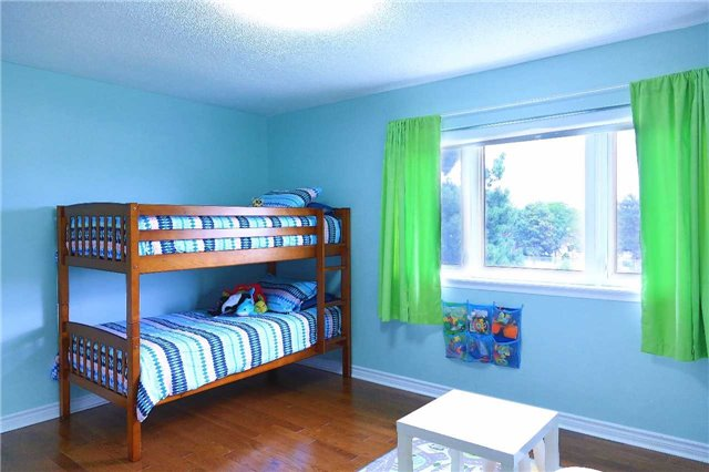 Condo Townhouse at 2155 South Millway Rd, Unit 35, Mississauga, Ontario. Image 7