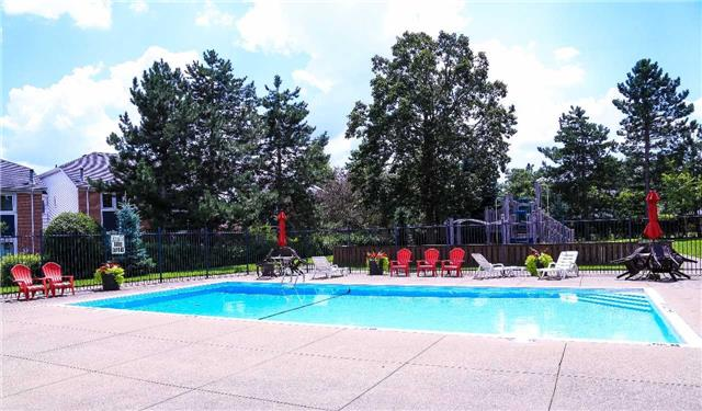 Condo Townhouse at 2155 South Millway Rd, Unit 35, Mississauga, Ontario. Image 11