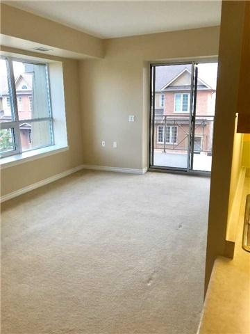 Condo Apartment at 830 Scollard Crt, Unit 305, Mississauga, Ontario. Image 11