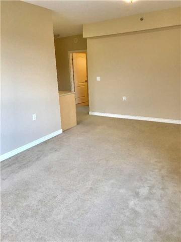 Condo Apartment at 830 Scollard Crt, Unit 305, Mississauga, Ontario. Image 12