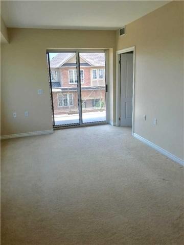Condo Apartment at 830 Scollard Crt, Unit 305, Mississauga, Ontario. Image 16