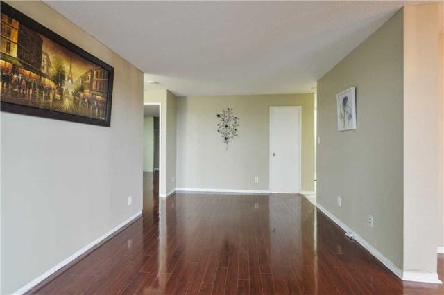 Condo Apartment at 155 Hillcrest Ave, Unit Ph 11, Mississauga, Ontario. Image 17