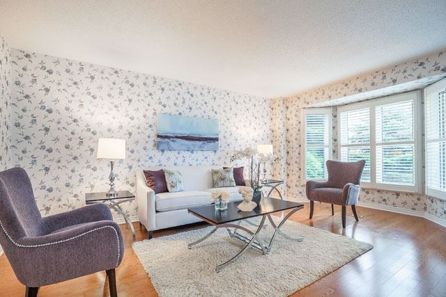 Detached at 1381 Willow Terr, Oakville, Ontario. Image 14