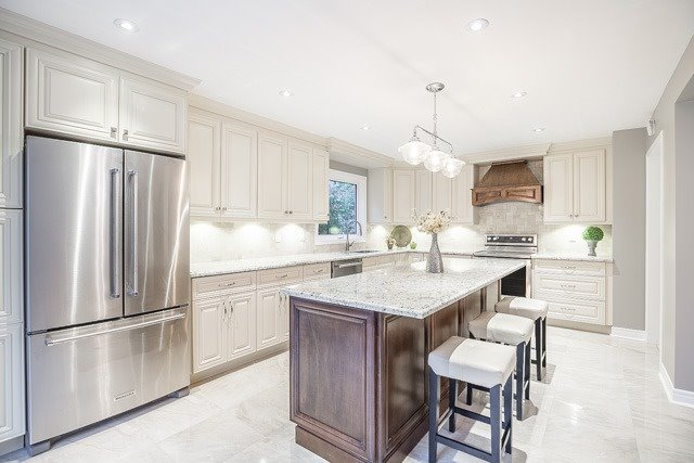Detached at 1381 Willow Terr, Oakville, Ontario. Image 19