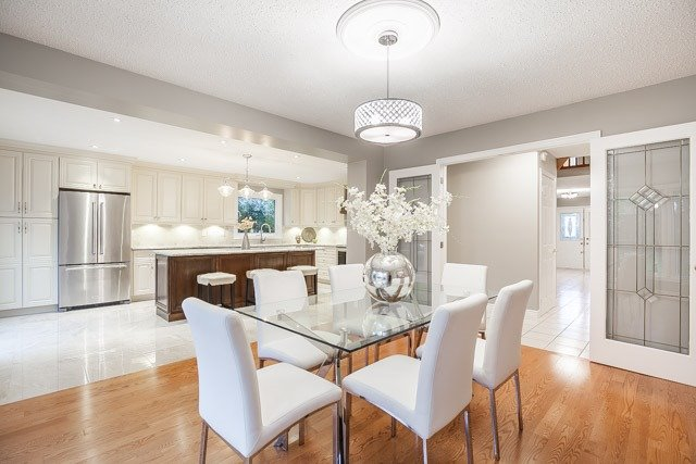 Detached at 1381 Willow Terr, Oakville, Ontario. Image 20