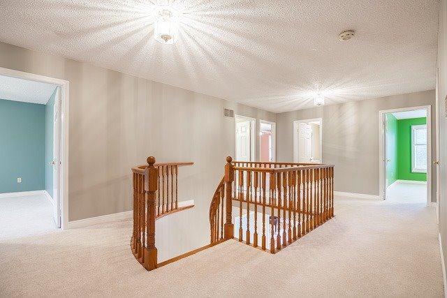 Detached at 1381 Willow Terr, Oakville, Ontario. Image 7