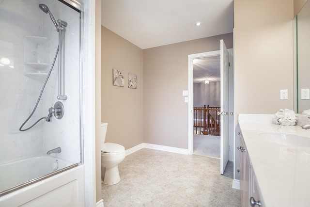 Detached at 1381 Willow Terr, Oakville, Ontario. Image 10