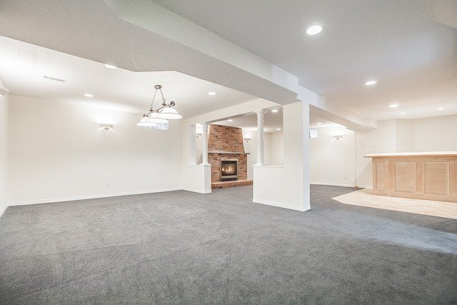 Detached at 1381 Willow Terr, Oakville, Ontario. Image 11