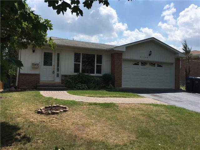 Detached at 2190 Blue Beech Cres, Mississauga, Ontario. Image 11