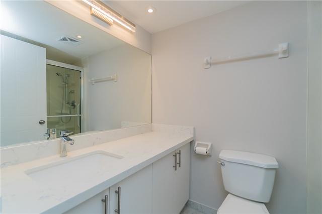 Condo Apartment at 350 Webb Dr, Unit 307, Mississauga, Ontario. Image 4