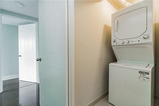 Condo Apartment at 350 Webb Dr, Unit 307, Mississauga, Ontario. Image 8