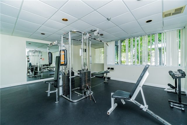 Condo Apartment at 350 Webb Dr, Unit 307, Mississauga, Ontario. Image 11