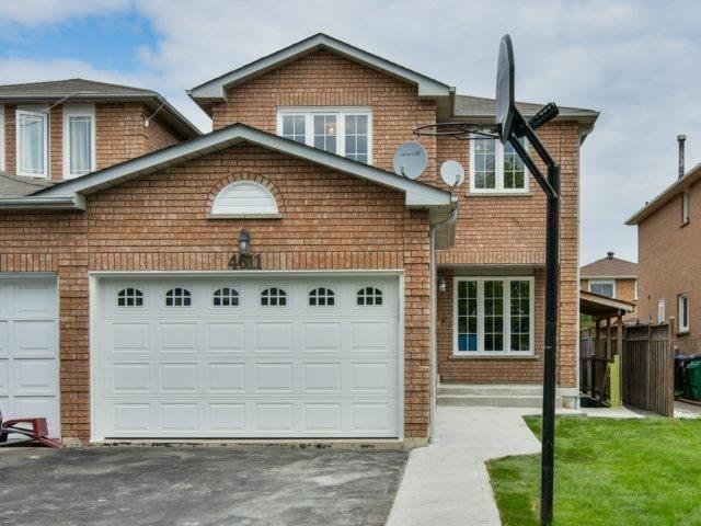Link at 4611 Penhallow Rd, Mississauga, Ontario. Image 1