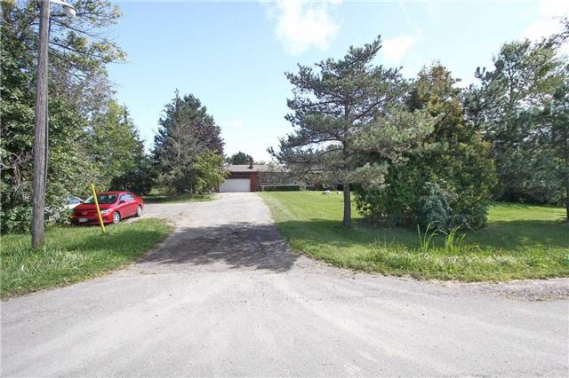 Detached at 13809 Centreville Creek Rd, Caledon, Ontario. Image 12