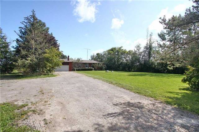 Detached at 13809 Centreville Creek Rd, Caledon, Ontario. Image 14