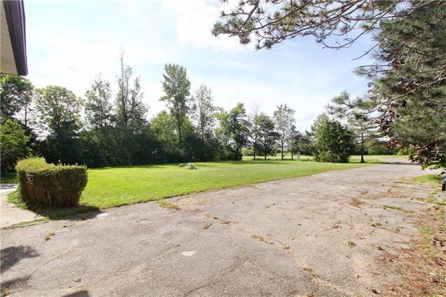 Detached at 13809 Centreville Creek Rd, Caledon, Ontario. Image 15