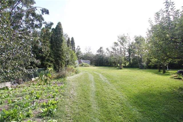 Detached at 13809 Centreville Creek Rd, Caledon, Ontario. Image 8